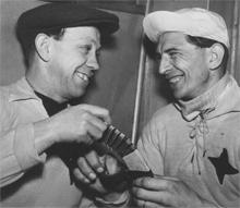 Bengt Nordenman och Einar Ask i samband med en veteranmatch på 40-talet.